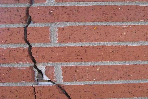 foundation crack