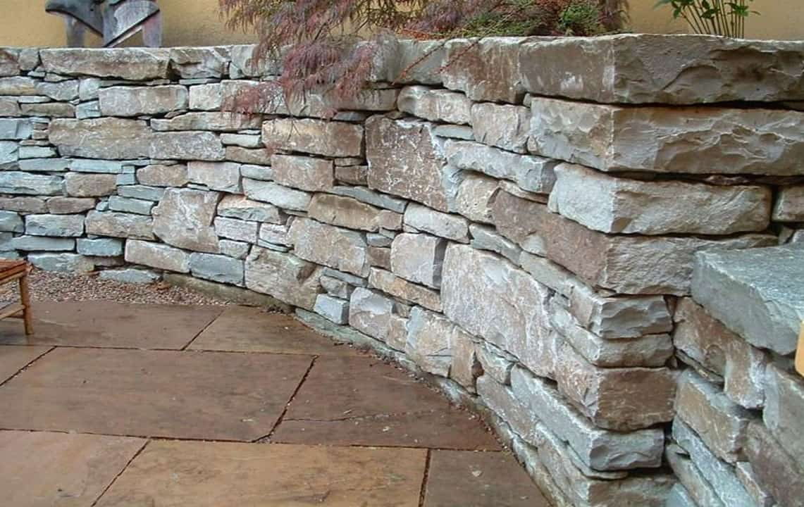 stack stone retaining wall